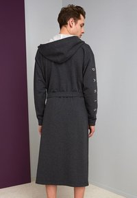 Kenzo - Dressing gown - tempete - 3