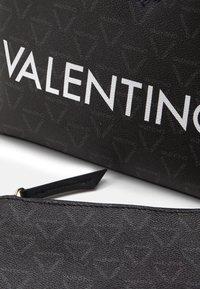 Valentino Bags - LIUTO SET - Håndveske - nero - 4
