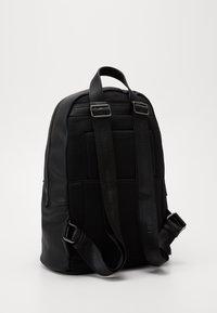 Valentino Bags - FINN - Rucksack - nero - 1