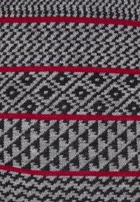 Johnstons of Elgin - MEARA FAIRISLE - Trui - black/white/classic red - 2