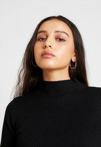Missguided - BASIC HIGH NECK LONG SLEEVE JUMPER DRESS - Shift dress - black - 5