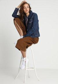 Levi's® - ORIGINAL TRUCKER - Giacca di jeans - clean dark authentic - 1