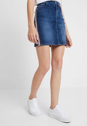 LEOPARD TAPE SKIRT - Denim skirt - denim blue