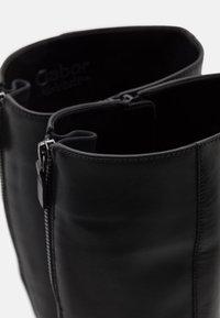 Gabor - Vysoká obuv - schwarz - 5