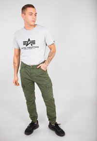 Alpha Industries - ALPHA INDUSTRIES SPARK - Cargo trousers - dark olive - 1