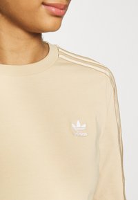 adidas Originals - CROP - Long sleeved top - hazbei - 5