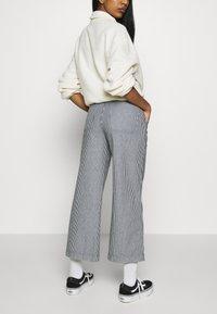 Vans - BARRECKS PANT - Trousers - light blue - 3