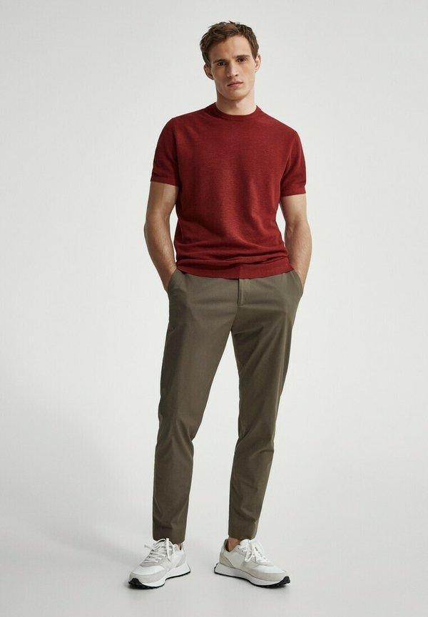 Massimo Dutti T-shirt basic - red/czerwony Odzież Męska KXPO