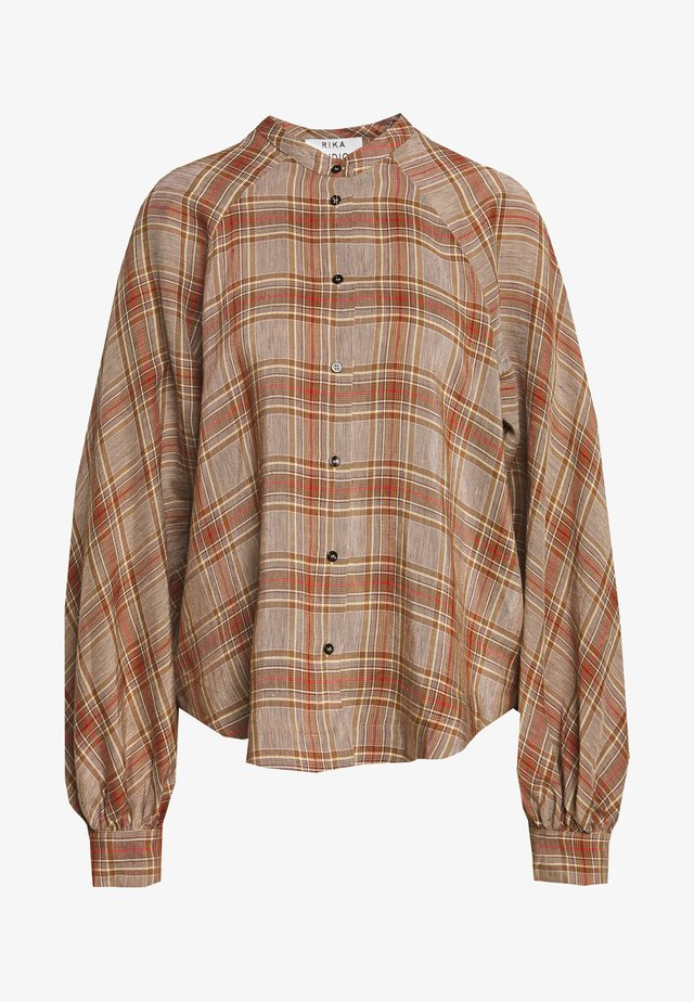SOLLER - Camisa - brown/red