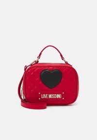 Love Moschino - CAMERA BAG RED EXCLUSIVE - Sac à main - red - 1