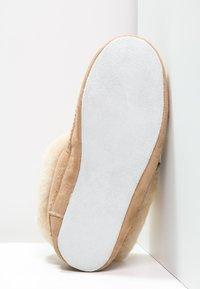 Shepherd - EMMY - Slippers - chestnut - 5