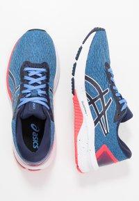 ASICS - Stabilní běžecké boty - blue coast/peacoat - 1