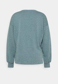 Nike Performance - CORE  - Sweatshirt - hasta/dark teal green - 6