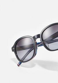 Tommy Hilfiger - UNISEX - Sluneční brýle - blue - 4