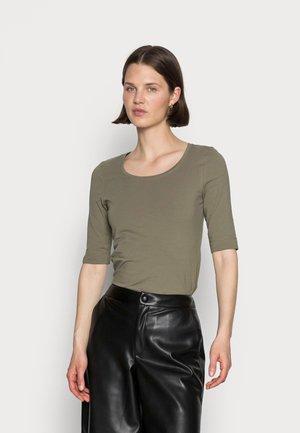 SANIKA  - Basic T-shirt - soft moss