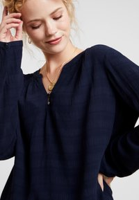 TOM TAILOR - BLOUSE SOLID  - Blůza - sky captain blue - 3