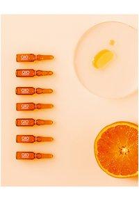Nivea - Q10 ENERGY 7 DAYS GLOW BOOST AMPOULES - Skincare set - - - 3