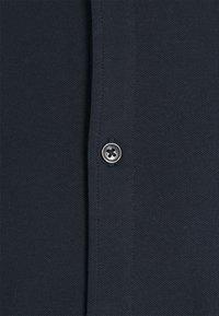 Selected Homme - SLHSLIMOLIVER - Skjorta - dark sapphire - 2