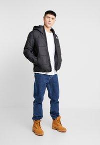 adidas Originals - ADICOLOR THIN PADDED BOMBERJACKET - Vinterjakker - black - 1