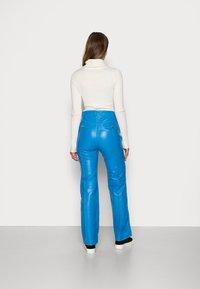 HOSBJERG - DEBBIE PANTS - Leren broek - blue - 2