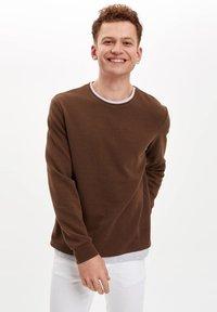 DeFacto - Sweatshirt - brown - 0