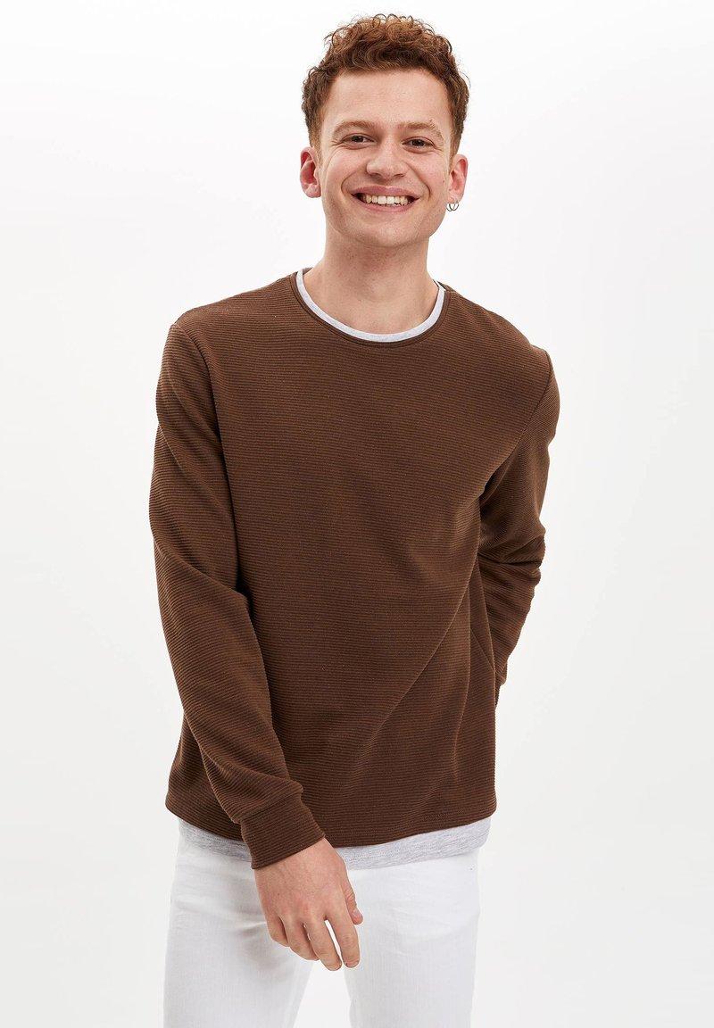 DeFacto - Sweatshirt - brown
