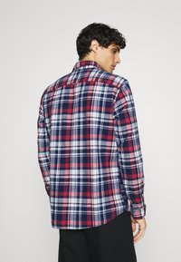 Selected Homme - SLHREGZANE SHIRT CHECK  - Shirt - brick red - 2