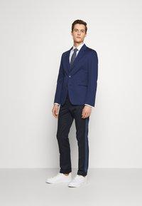 PS Paul Smith - MENS SLIM FIT - Suit trousers - navy - 1