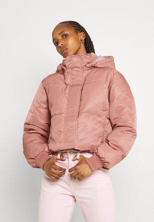 SHORT PUFFER - Winter jacket - pink
