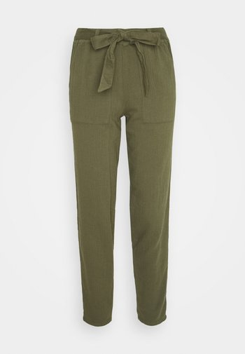 HERRINGBONE TROUSER - Trousers - khaki