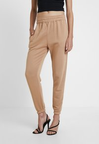 Missguided - BASIC 2 PACK JOGGERS - Trousers - black/camel - 2