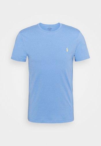 CUSTOM SLIM FIT CREWNECK - T-shirt - bas - cabana blue