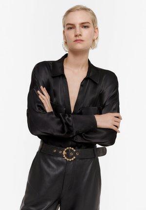 mit Taschen - Blouse - black