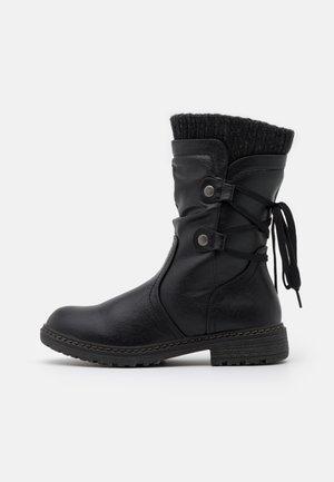 Snørestøvler - black