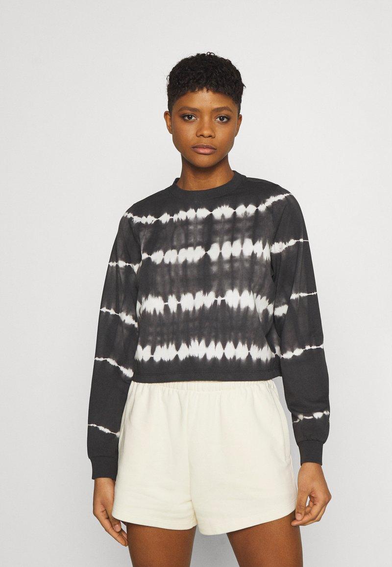 Noisy May - NMJOAN TIE DYE - Sweatshirt - black