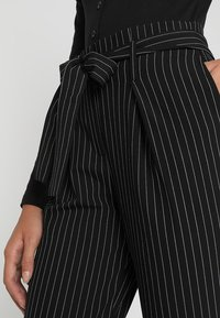 ONLY - ONLNICOLE PINSTRIPE PANTS - Stoffhose - black - 4