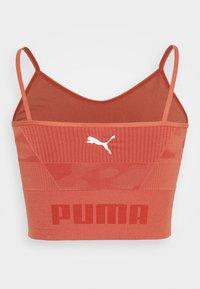 Puma - EVOKNIT SEAMLESS CROP - Sportshirt - autumn glaze - 7