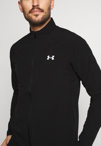 Under Armour - LAUNCH 3.0 STORM JACKET - Løbejakker - black/black/reflective