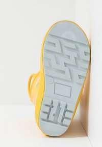 Chipmunks - RAIN - Botas de agua - yellow - 5