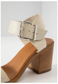 Inuovo - Sandals - bone bne - 6