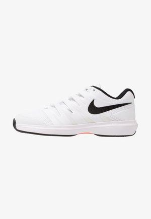Multicourt tennis shoes - white/black/bright crimson