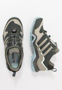 adidas Performance - TERREX SWIFT R2 GORE-TEX - Hikingsko - legend earth/fear grey/ash grey - 1
