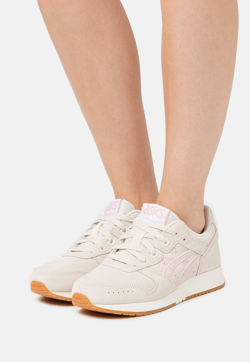 ASICS SportStyle - LYTE CLASSIC - Trainers - birch/ginger peach