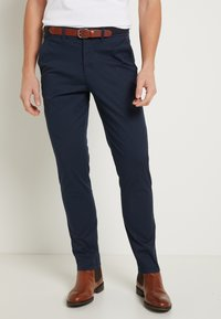 Selected Homme - SHHYARD SLIM FIT - Chinot - dark sapphire - 0