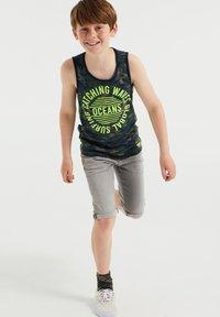 WE Fashion - Top - dark green - 0