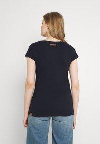 Ragwear - FLORAH - Print T-shirt - navy - 2
