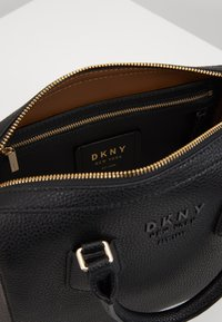 DKNY - NOHO MEDIUM SPEEDY SATCHEL - Handbag - black - 3