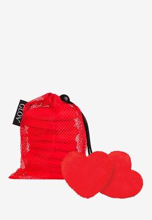 QUEEN OF HEARTS SET - Hudplejesæt - red