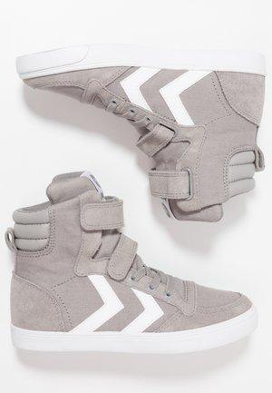 SLIMMER STADIL - Zapatillas altas - frost grey