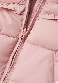 Mango - GEWATTEER MET IMITATIEBONT - Winter coat - roze - 2